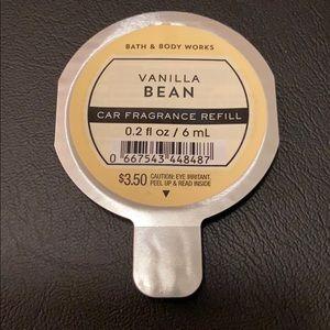 NEW: Bath & Body Works Vanilla Bean Scentportable